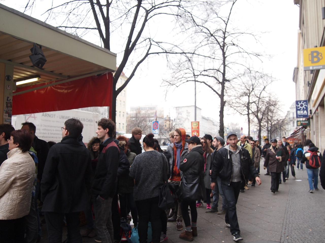 行列ができるドイツの人気グルメ!ベルリンで三大行列のできるお店が激ウマ!