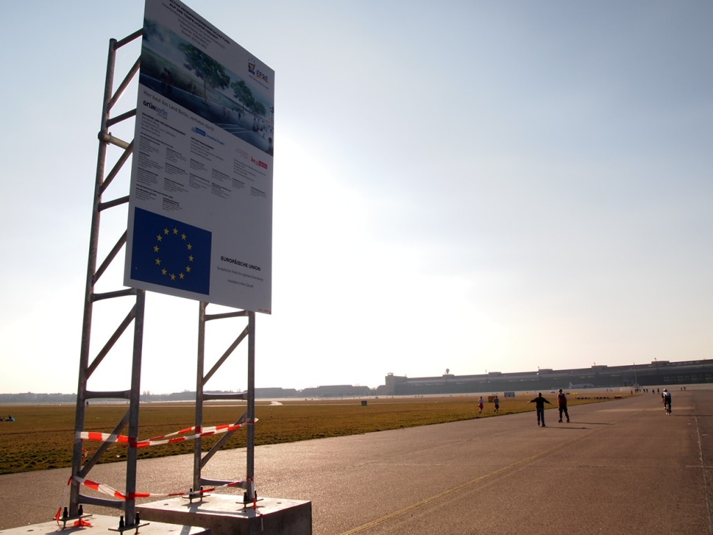 P3139035 1024x768 公園になったベルリンのテンペルホーフ空港がとにかく広すぎる!