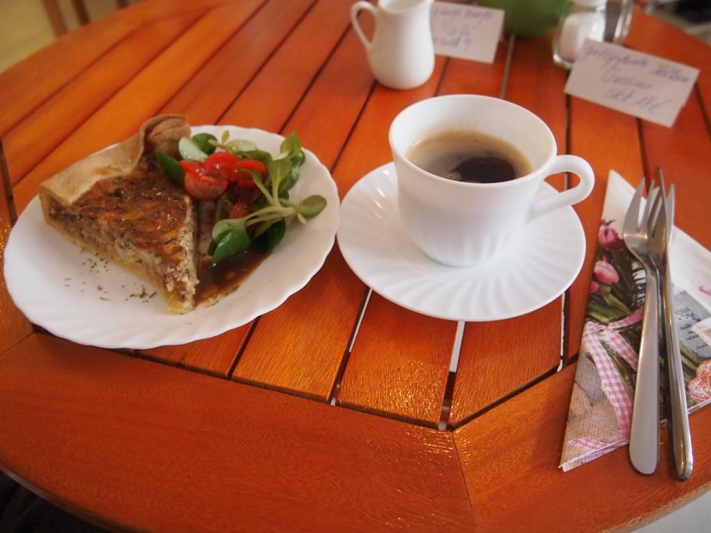 P3159266 1024x768 ネコ好き必見!ドイツにあるネコカフェがひと味違う。