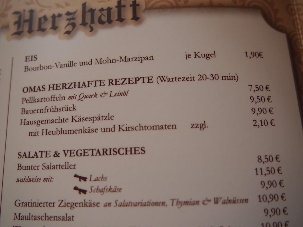 P3189314 1024x768 ベルリンのカフェでオススメを頼むと衝撃的なものが出てきた