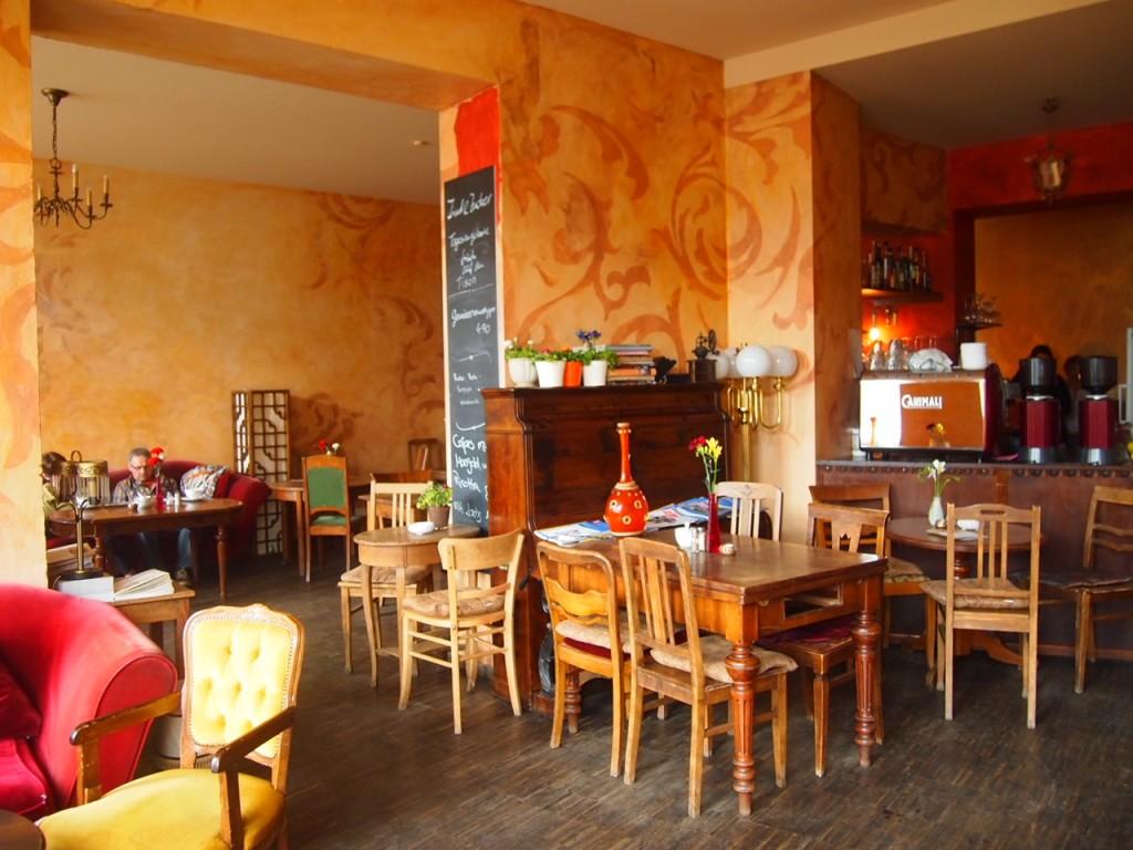 P3189325 1024x768 ベルリンのカフェでオススメを頼むと衝撃的なものが出てきた