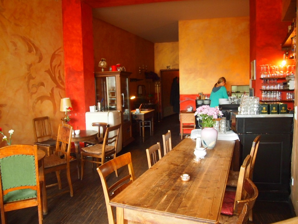 P3189329 1024x768 ベルリンのカフェでオススメを頼むと衝撃的なものが出てきた
