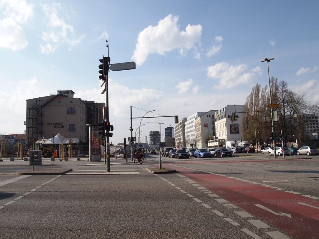 P3219810 1024x768 ベルリンの壁 イーストサイドギャラリーへ行くオススメルート