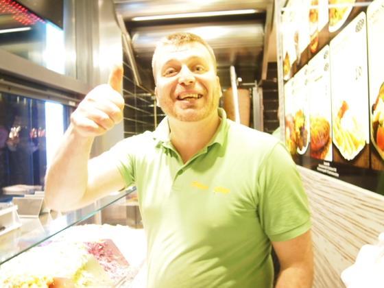 th P3017282 ドイツではマクドナルドより人気?絶大な人気をみせるケバブって?