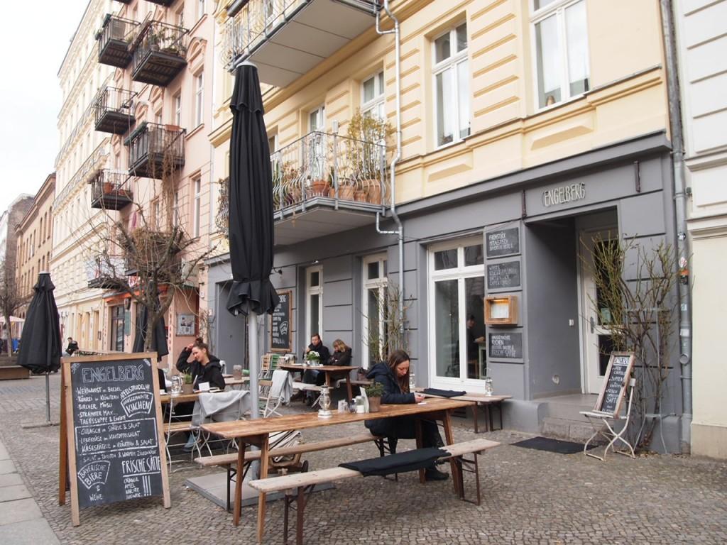 P3067935 1024x768 自家製ドイツ料理が旨い!ベルリンカフェのおすすめランチ!