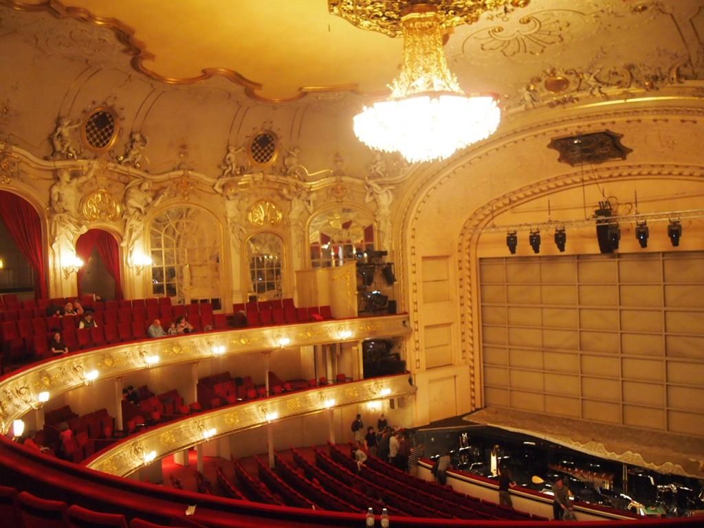P3300470 1024x768 簡単!チケットを予約してベルリンでオペラを見る方法