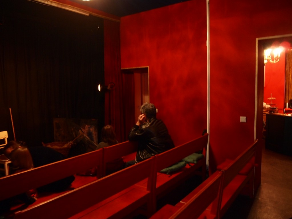 P4081284 1024x768 街の人形劇シアターが可愛い!ベルリンで人形劇を鑑賞して来た。