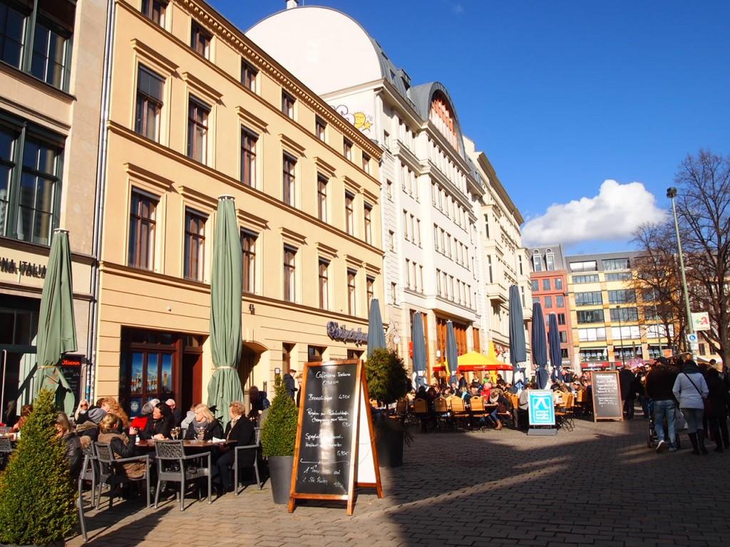 P2225076 1024x768 ベルリンの人気店レストランなら地元客で賑わうブラウハウスがおすすめ!