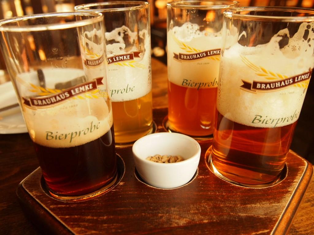 P3037385 1024x768 ベルリンの人気店レストランなら地元客で賑わうブラウハウスがおすすめ!