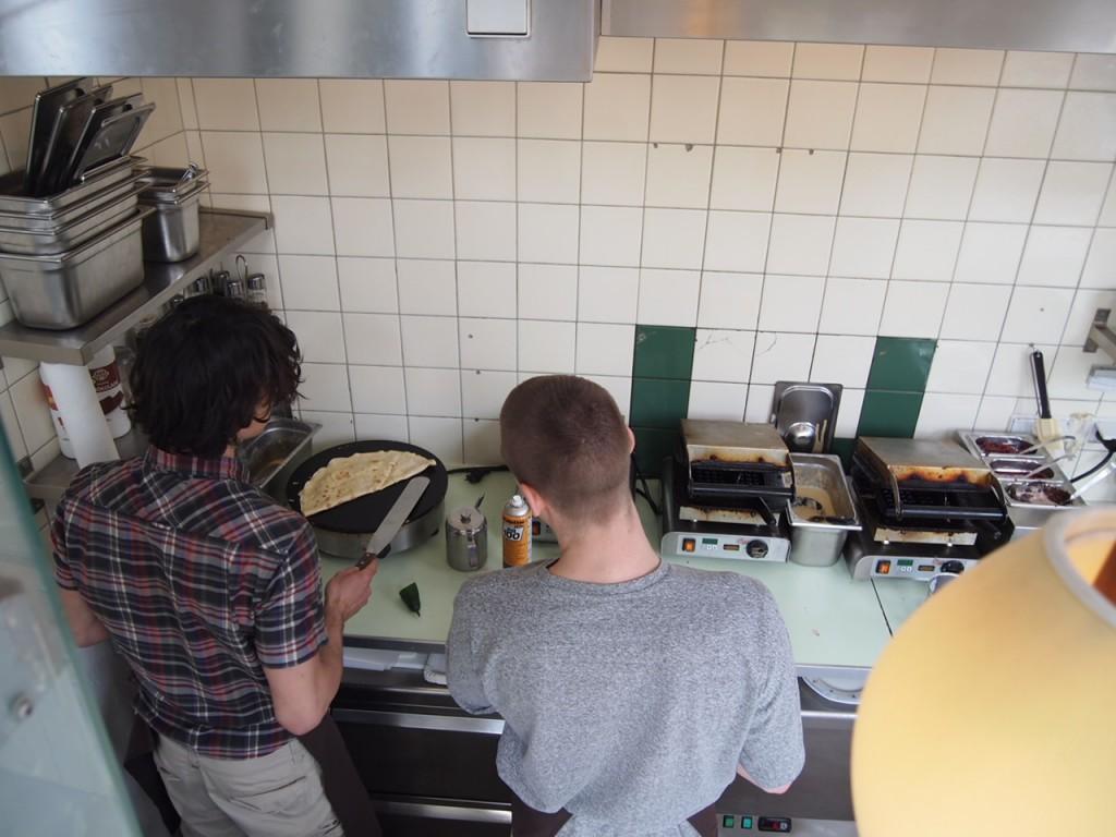 P4010750 1024x768 二度楽しめる!カフェとアパレルを合わせたベルリンのカフェって?