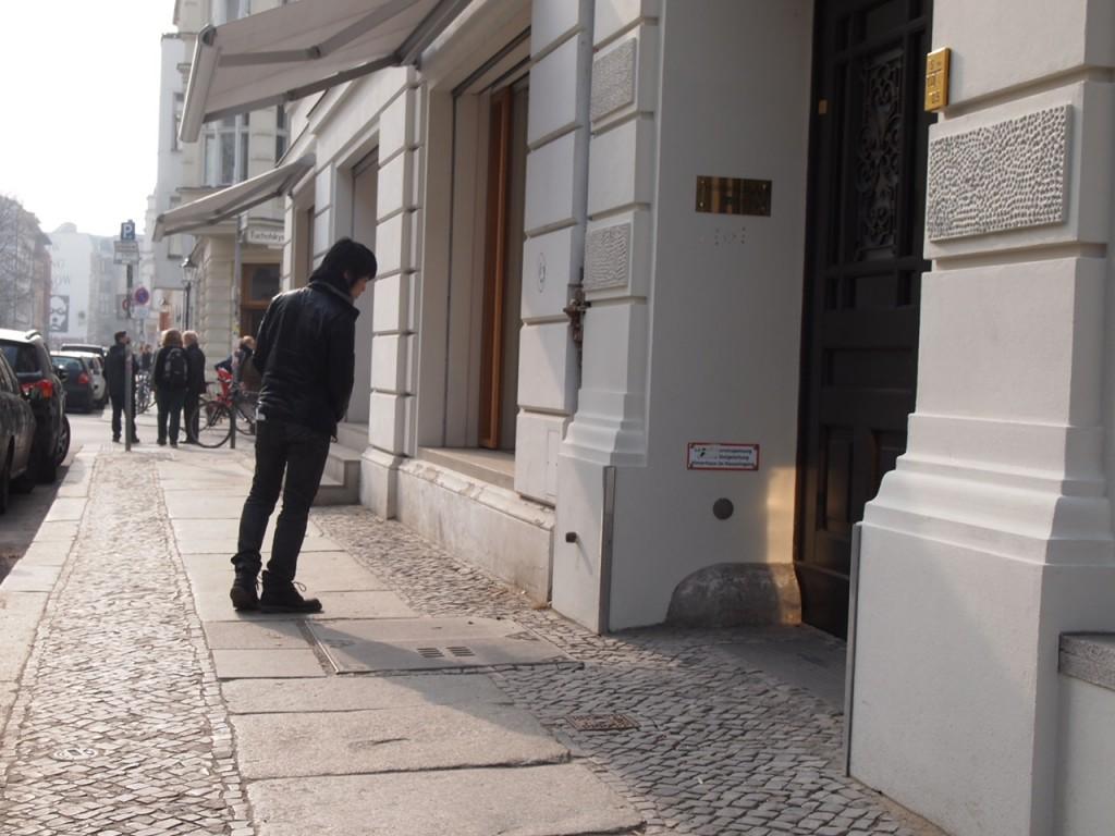 P4010859 1024x768 アートの街ベルリン、街角でギャラリー巡りを楽しむ