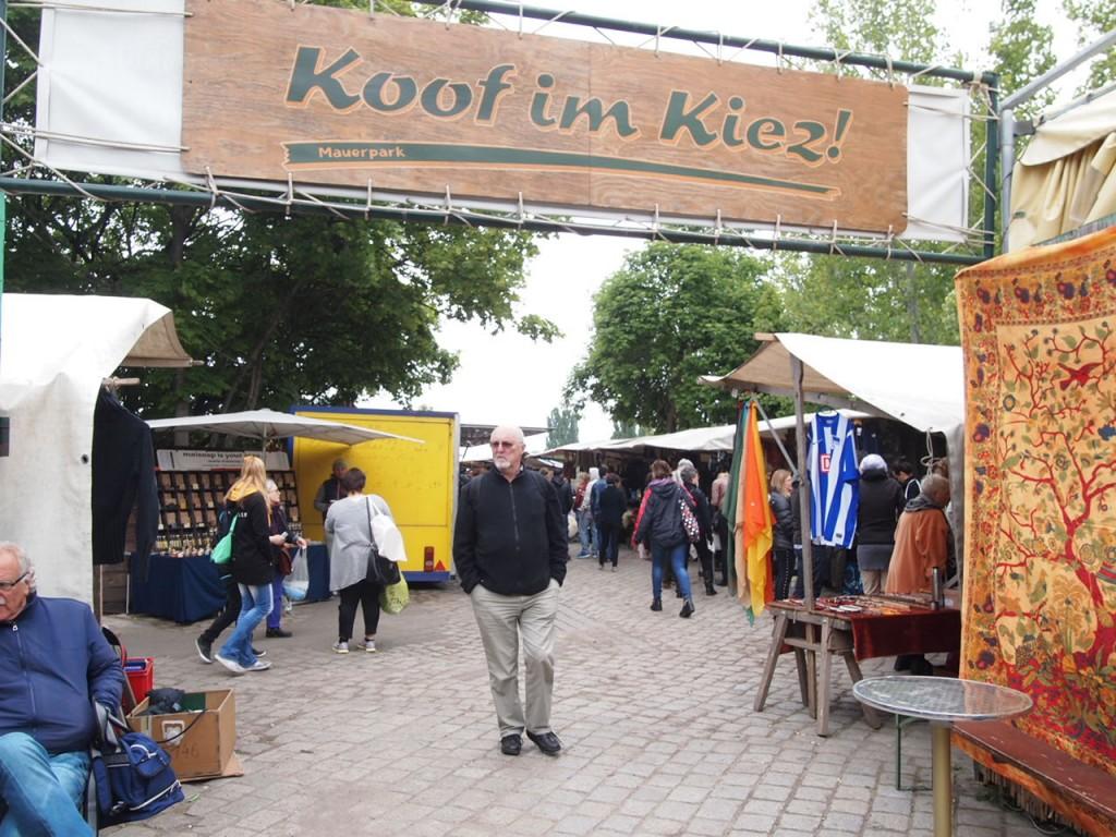P5042617 1024x768 ドイツの日曜日は蚤の市!ベルリン壁公園の蚤の市がとにかく広くておすすめ!