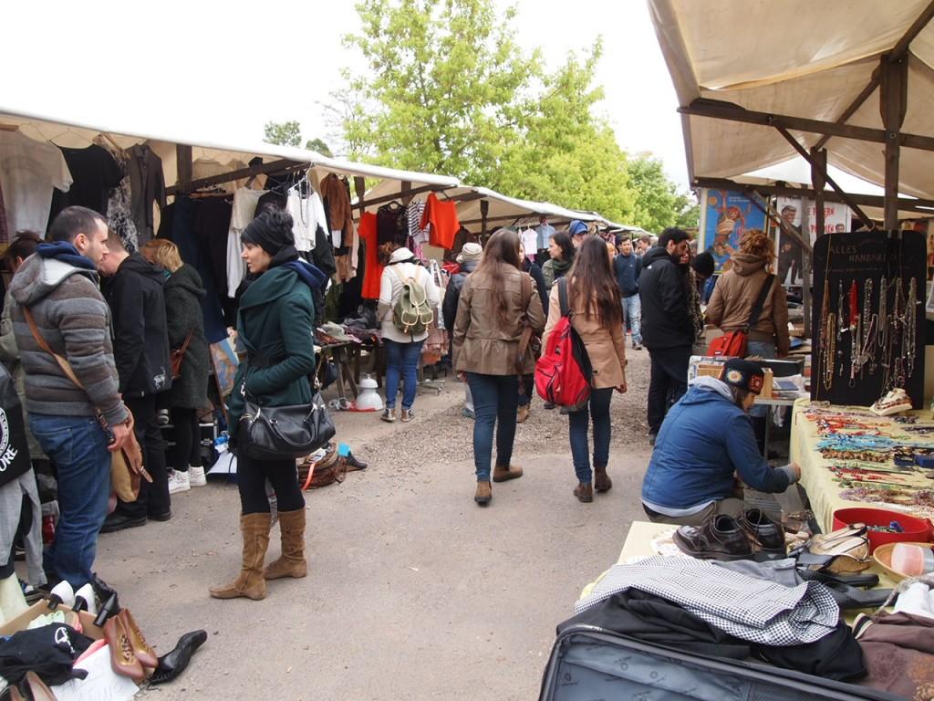 P5042667 1024x768 ドイツの日曜日は蚤の市!ベルリン壁公園の蚤の市がとにかく広くておすすめ!
