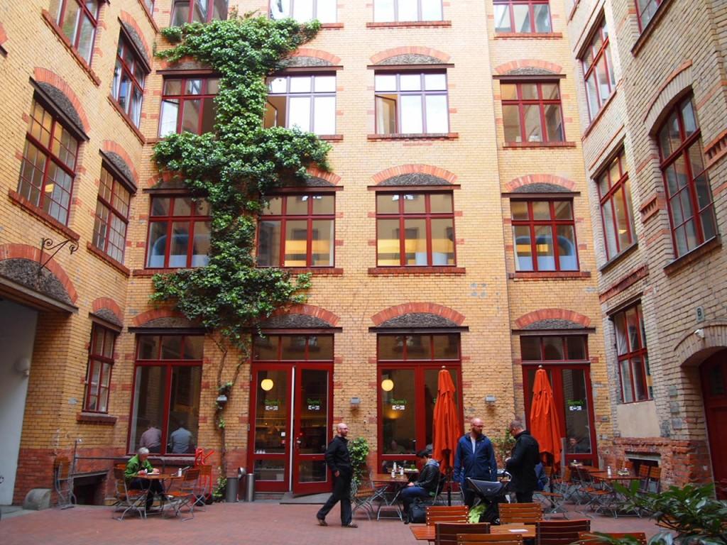 P5052765 1024x768 ベルリンで雑貨を買うならココ!デザイン雑貨のそろったお店ゲシュタルテンとは