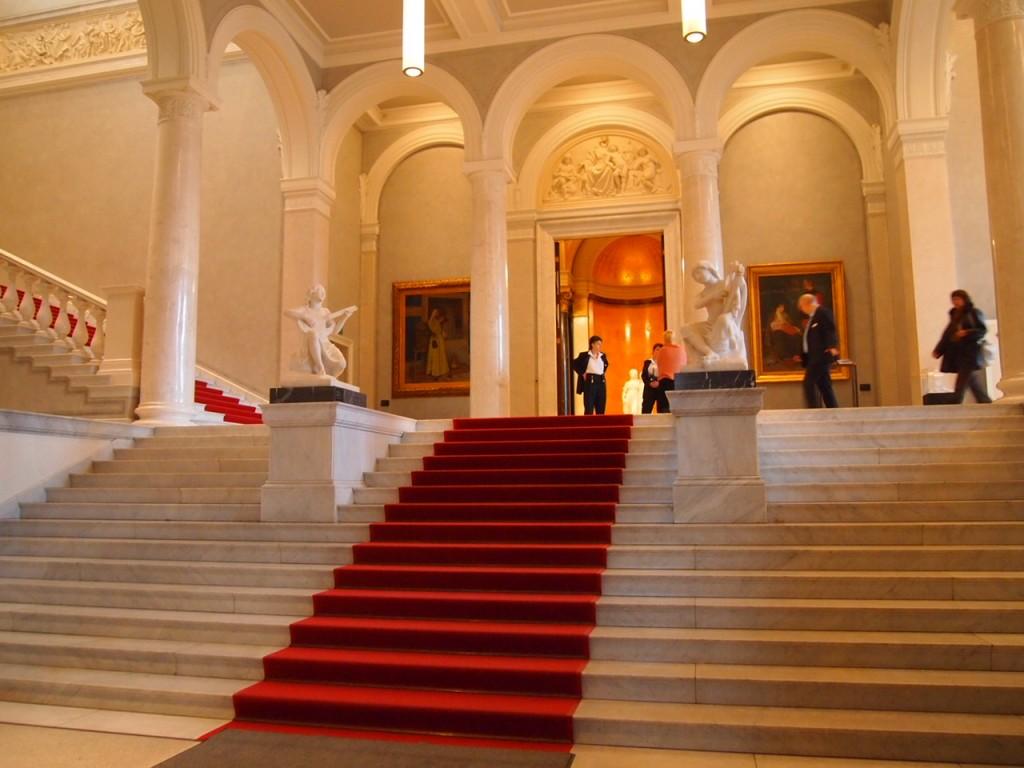 P3017195 1024x768 ベルリン観光で絵画を見るならここ!博物館島にある旧ナショナルギャラリー