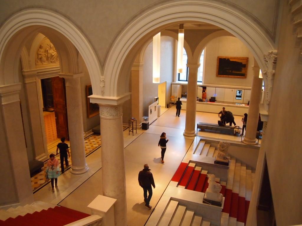 P3017211 1024x768 ベルリン観光で絵画を見るならここ!博物館島にある旧ナショナルギャラリー