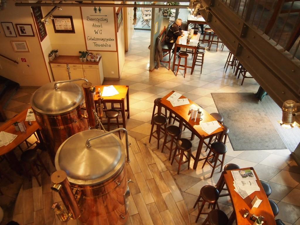 P3128698 1024x768 ベルリン観光で行きやすくビールの美味しいレストランならリンデンブロイ!