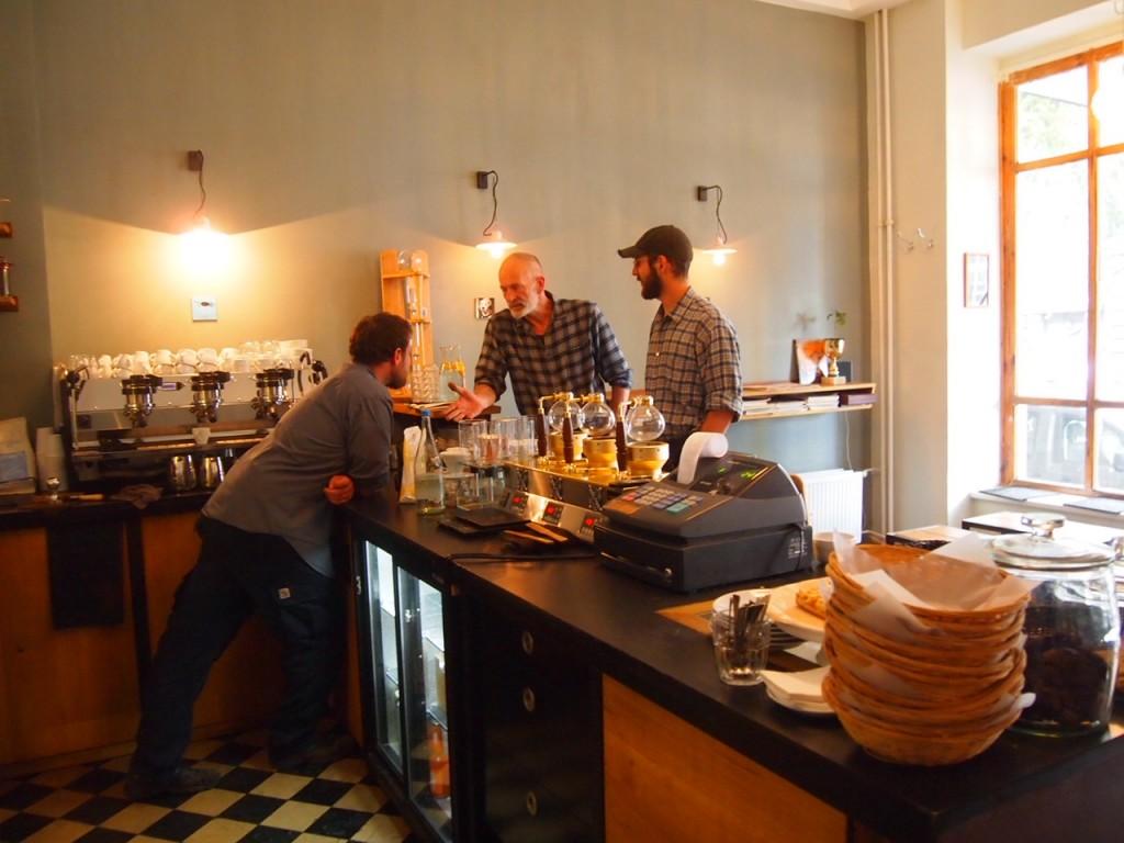 P6205363 1024x768 ベルリンのカフェ動画がとにかくスゴい!サイフォンコーヒーを飲みに行ってきた!
