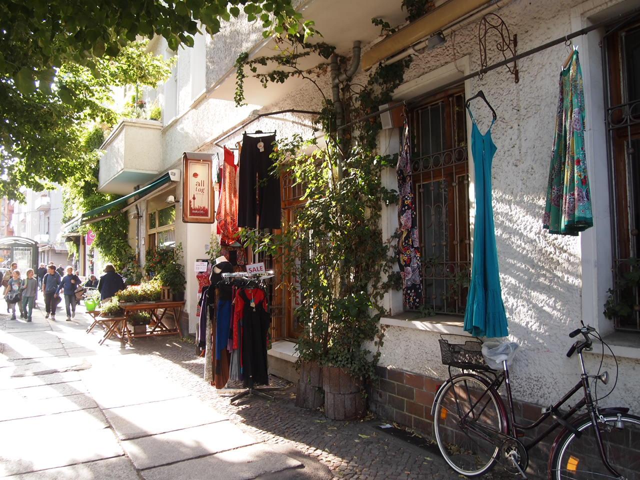 P6235681 アートと自然の多いベルリンの街並み