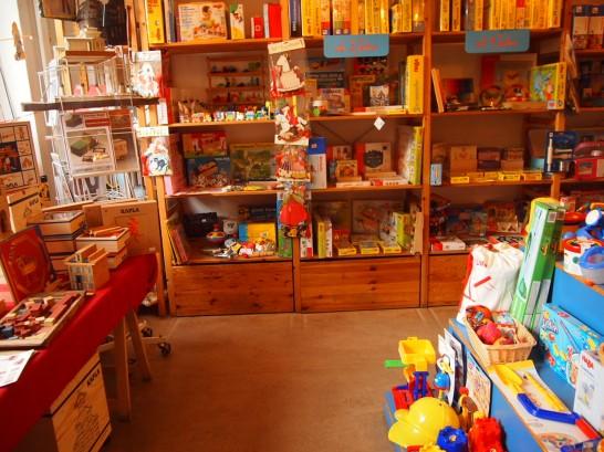 P3037500 546x409 まるでおもちゃ箱!ベルリンの雑貨屋さんが可愛い!