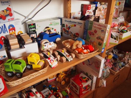 P3037506 546x409 まるでおもちゃ箱!ベルリンの雑貨屋さんが可愛い!