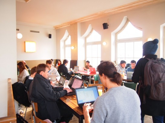 P3057860 546x409 ベルリン観光で行きたいWiFiの使える10の可愛いカフェ!