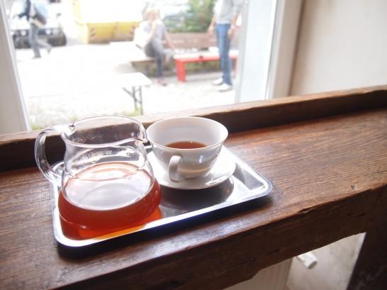P6306165 546x409 衝撃、まるでコーヒー工房!地元で大人気のベルリンのカフェ!