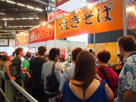 P70366191 546x409 パリで人気すぎる調味料?ジャパンエキスポで行列を作っていた日本食ベスト3