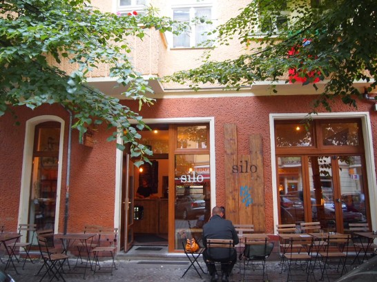 silo 546x409 ベルリン観光で行きたいWiFiの使える10の可愛いカフェ!