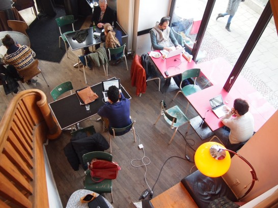 st.Oberholz 546x409 ベルリン観光で行きたいWiFiの使える10の可愛いカフェ!