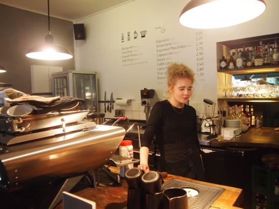 P6306255 546x409 高すぎるクオリティ!ベルリンのカフェのイメージビデオが素敵すぎて行ってみた!
