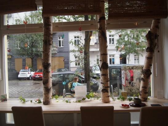 P7098232 546x409 ビオを超えたビオ!ベルリンのカフェの抹茶がとにかく美味い!