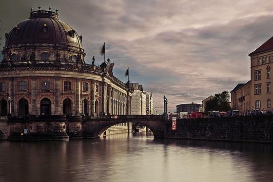 museum Andreas Levers エッフェル塔にはテレビ塔!7つのパリ魅力をベルリンに変換すると…