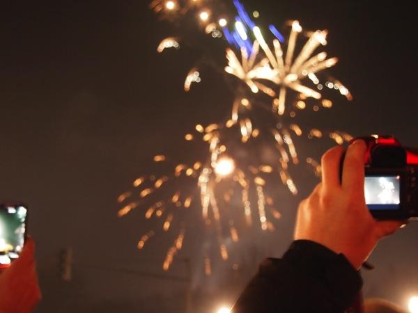 P1012906 ロケット花火で命の危機!年末にベルリンのカウントダウンに参加してみた!