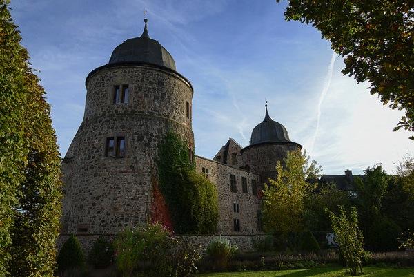 073f9c4e61e99b801faf935b0031a8c3 憧れの中世を体験!ドイツ厳選の泊まれる14の古城ホテル!