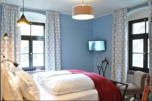BurgReichenstein2 憧れの中世を体験!ドイツ厳選の泊まれる14の古城ホテル!