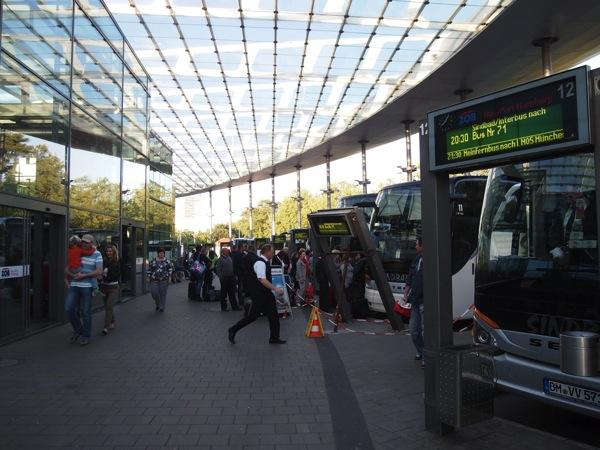 P5314829 快適で便利!ドイツ旅行にはバスの利用が格安でおすすめ!