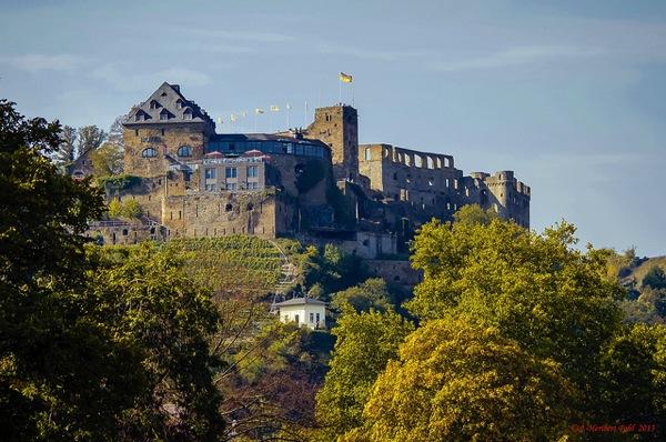 Rheinfels Heribert Pohl Thanks fo 憧れの中世を体験!ドイツ厳選の泊まれる14の古城ホテル!