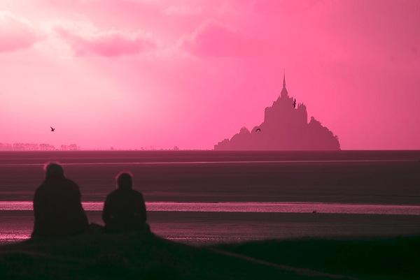 montsanMichel leniners どう見てもラピュタ…天空に浮かぶホーエンツォレルン城とは?