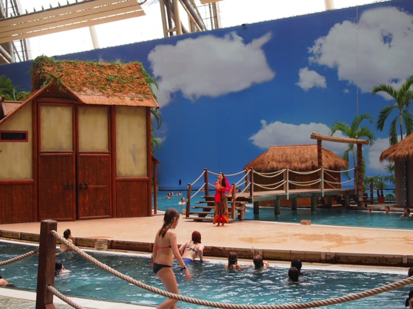 P5173545 ドイツのプール楽園すぎ!混浴温泉のある巨大プール「トロピカルアイランド」に行ってみた!