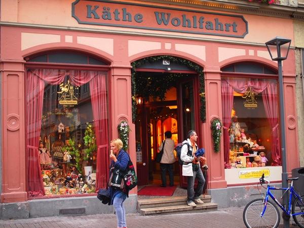 P8152699 城下街がメルヘンすぎる!南ドイツ旅行におすすめの街ハイデルベルク