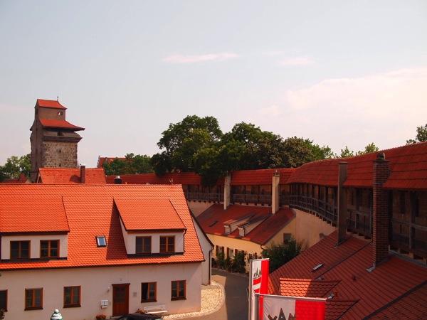 nordlingen wall ネルトリンゲンは進撃の巨人の聖地?3つの特徴を調査した結果…