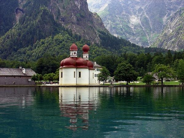 73250bafe9342ac9b223b22f0e874f4a ドイツおすすめ観光地ベスト30!世界1番人気はネズミの国!