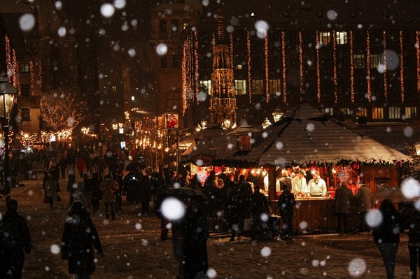 christmas market 538215 640 ドイツおすすめ観光地ベスト30…世界1番人気はネズミの国!