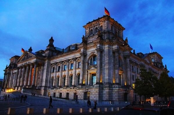 historical 245436 640 ドイツおすすめ観光地ベスト30!世界1番人気はネズミの国!