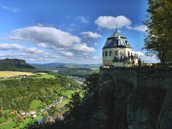 konigstein 54889 640 ドイツおすすめ観光地ベスト30…世界1番人気はネズミの国!