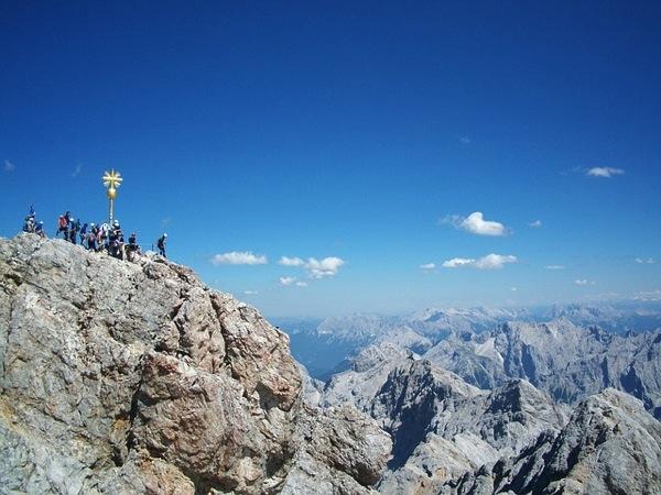 zugspitze 210315 640 ドイツおすすめ観光地ベスト30…世界1番人気はネズミの国!