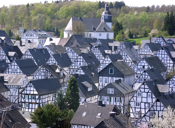 Freudenberg 色がないのに絶景!ドイツ秘境にある街フロイデンベルクとは?