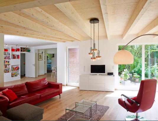InnenansichtWOhnzimmer 535x409 斬新デザインで世界が震撼!世界遺産バウハウスとは?ドイツの美しい部屋と家8選も合わせてどうぞ