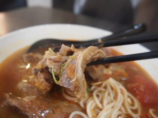 P3171814 546x409 台北でわざわざ食べる価値あり!洪師父牛麺のトマト麺が美味い!